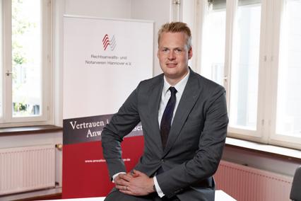 Dr.Sven Hasenstab final-web