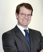 Dr. Henning Rothe